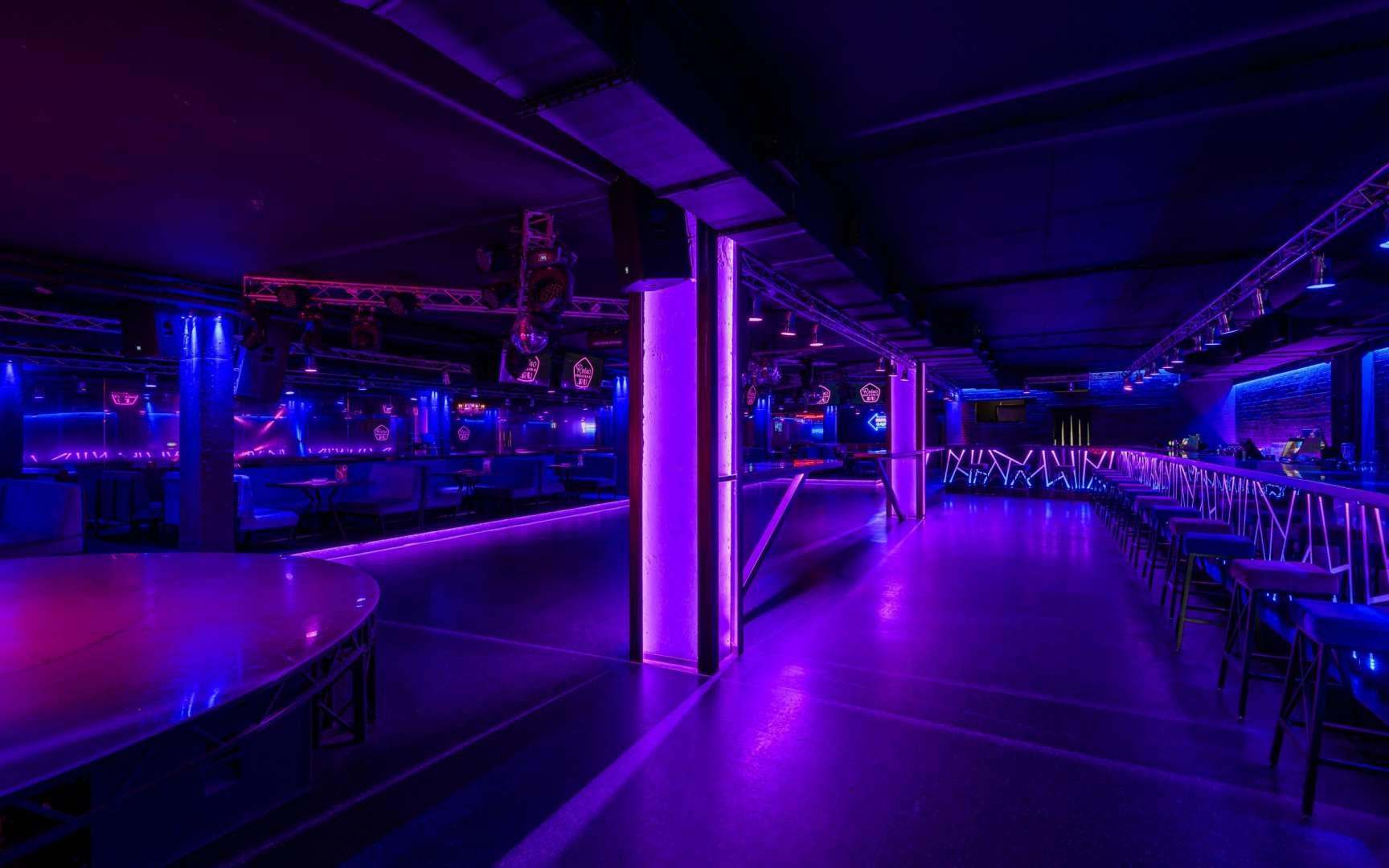 Клуб фабрика питер фото